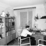 Mieszkanie wwarszawie 1955-1960, fot.Zbyszko Siemaszko (NAC)